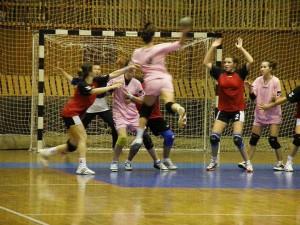 Handbal la cote inalte