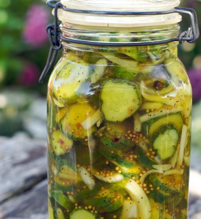 Gustare picanta (pickles)