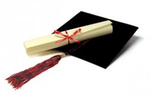 In atentia absolventilor institutiilor de invatamant – promotia 2013