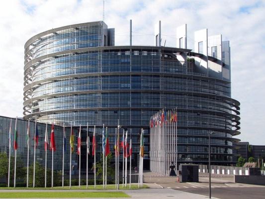 parlamentul-european 3