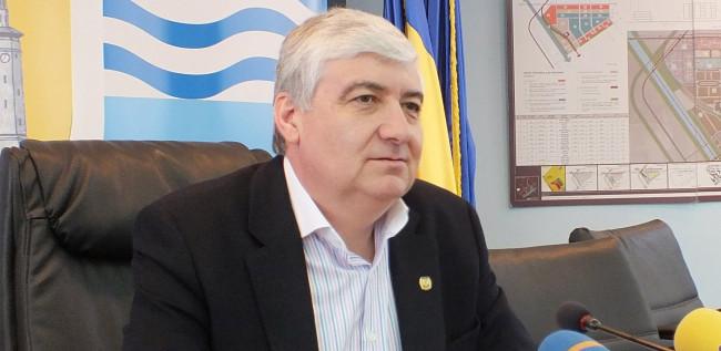 Nicolae Barbu x