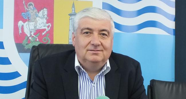 N. Barbu