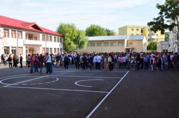 scoala 3