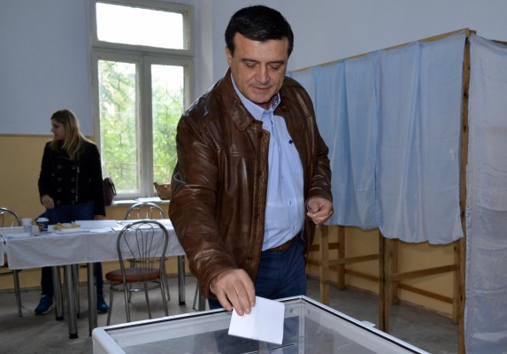 badalau vot