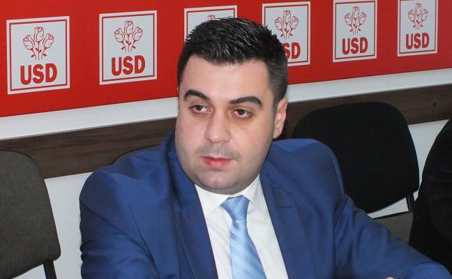 Cuc Razvan Guvern