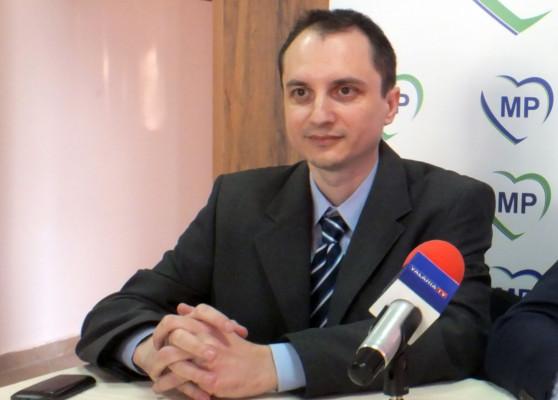 M. Cracea