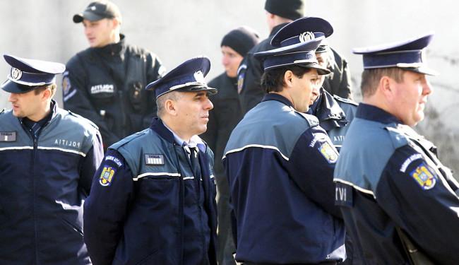 Grup de politisti